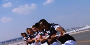 USA Sevens team v Emirates plane