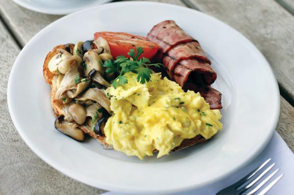 Best breakfasts in Dubai - Carluccio's