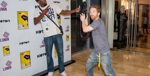 Seth Green checks out the Comic Con VIP Lounge