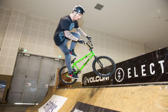 BMX lessons at Dubai Sports World