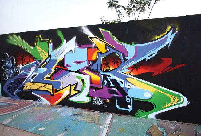 Has One - graffiti in Dubai