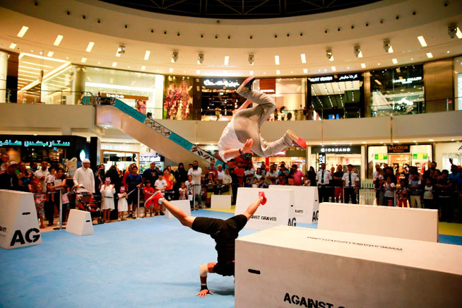 Parkour at Dubai Marina Mall