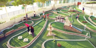 Crazy golf in Dubai