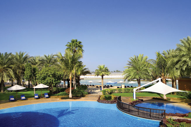 Beach clubs in abu dhabi definitive guide what 39 s on - Hotels in abu dhabi with swimming pool ...