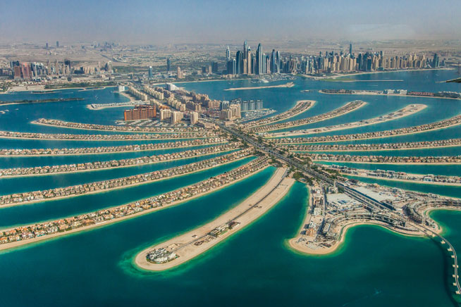 دبی و یکی از فرودگاه هایش