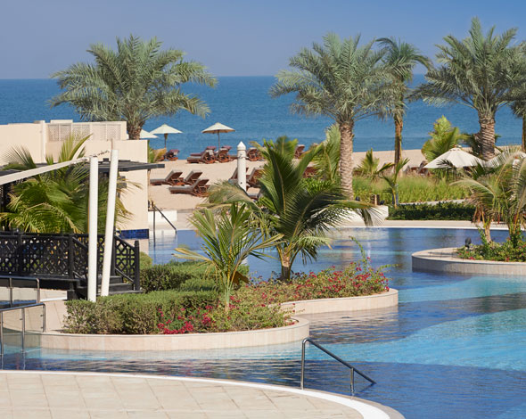 Waldorf-Astoria-Ras-Al-Khaimah-Poolside-Dec-2013
