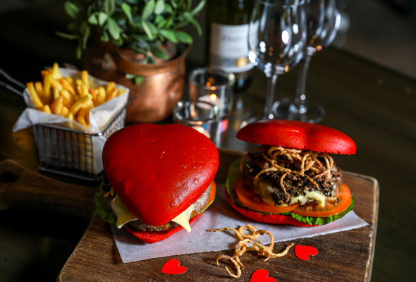 30 Valentine S Day Dinners To Book In Dubai What S On Dubai