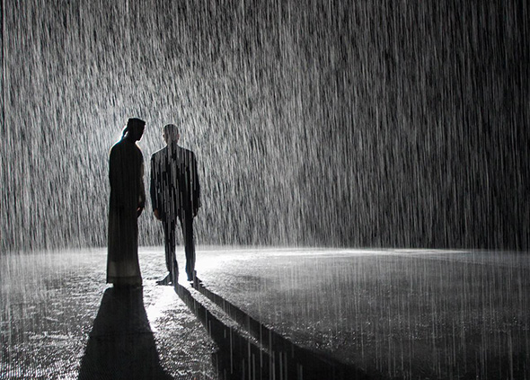 We love this Rain Room art installation where you can\'t get wet ...