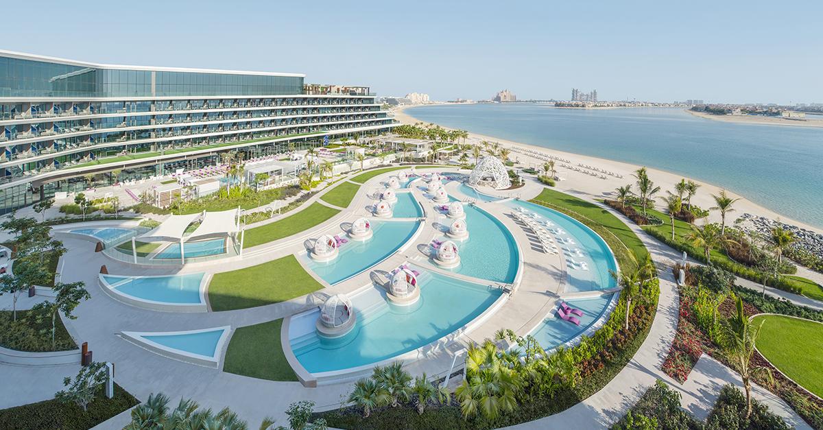 The Big Brunch Review Wet Deck At W Dubai The Palm