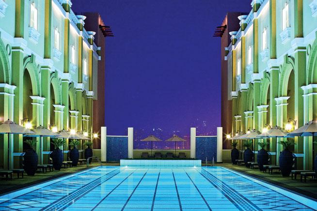 Best swimming pools Ibn Battuta