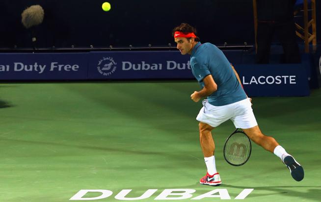 Roger Federer amazing shot at Dubai Tennis Championship