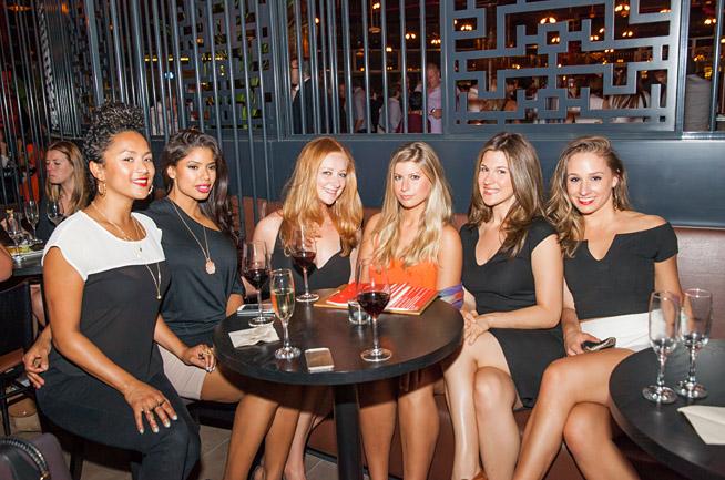 Liz, Jessica, Destiny, Brittany, Andrea and Stefani Cargo, Dubai Marina