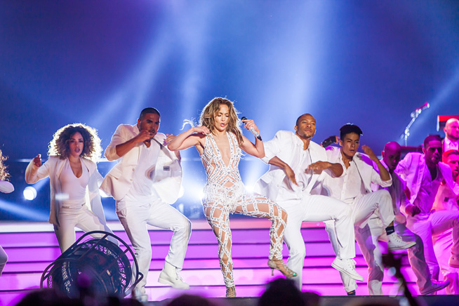 Jennifer Lopez performs at Dubai World Cup, Meydan