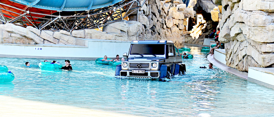 Yas Waterworld hosts Top Gear stunt