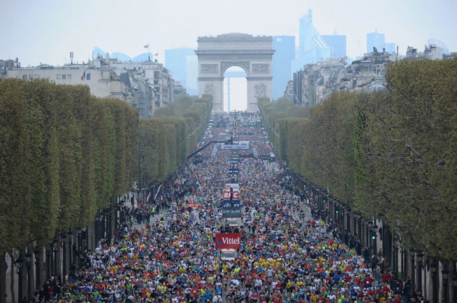 Dubai Marathon training blog - Danae in Paris