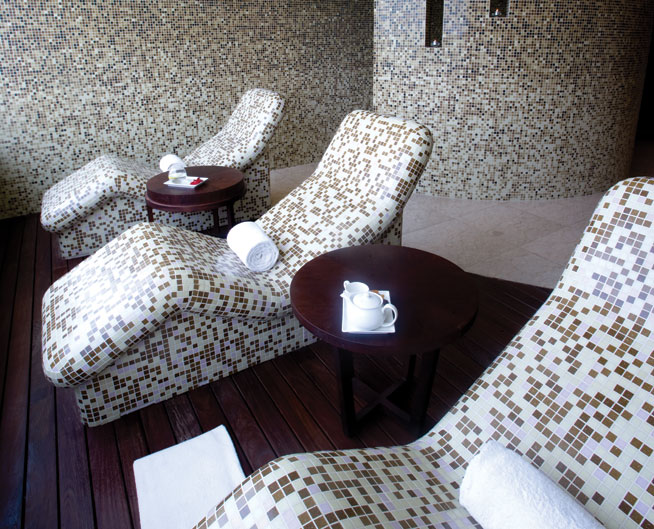Spa treatments in Dubai to have on your lunch break - facial