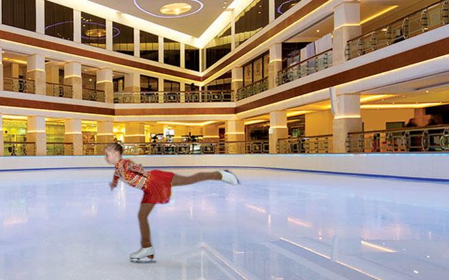 Hyatt Regency Dubai Ice RInk