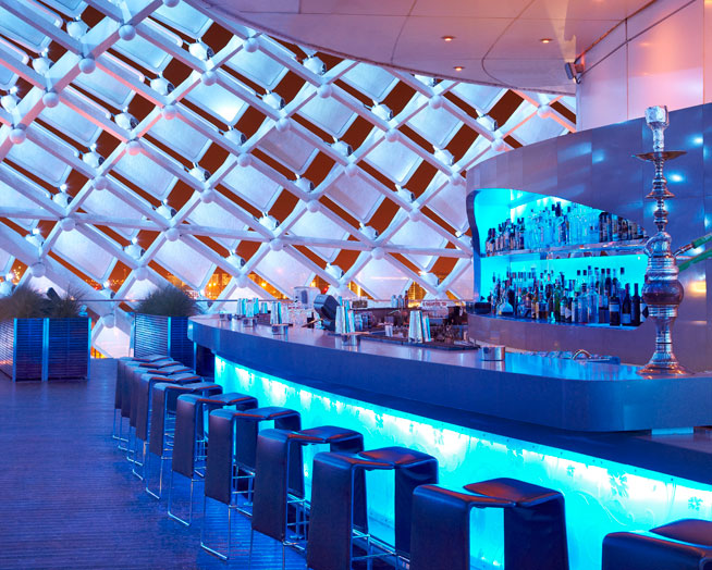 Skylite Bar, Yas Viceroy