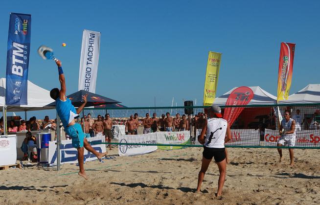 Beach Tennis at Kite Beach