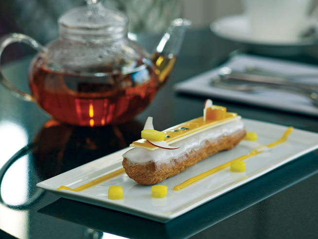 Best desserts in Dubai - Passion Fruit eclair at Choix