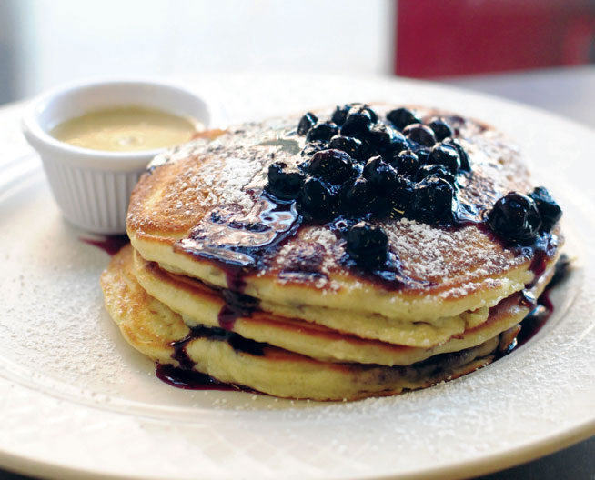 Best desserts in Dubai - Blueberry Pancakes at Clinton Street
