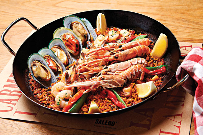 Best dishes in Dubai - Chicken paella at Salero