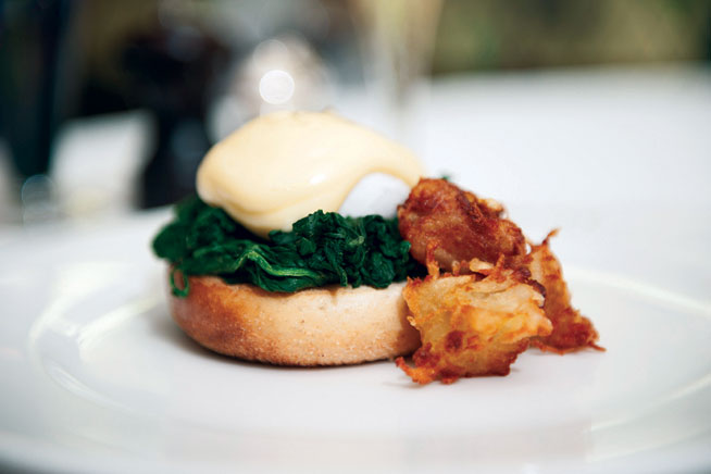 Best dishes in Dubai - Eggs Benedict at The Ivy