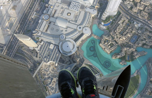 Dubai360 project unveils images from the top of Burj Khalifa (Gerald Donovan Facebook)