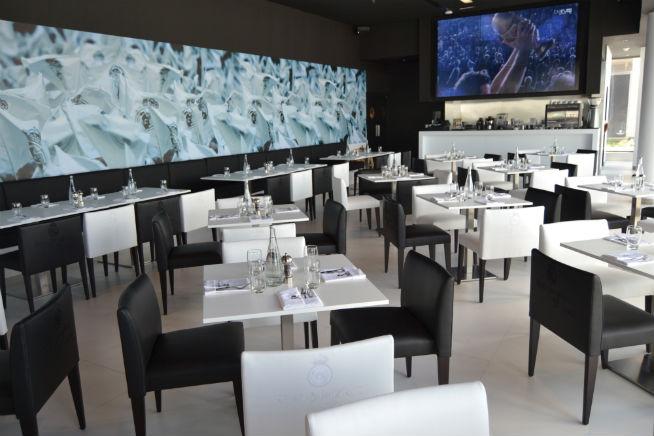 Inside Real Madrid Cafe