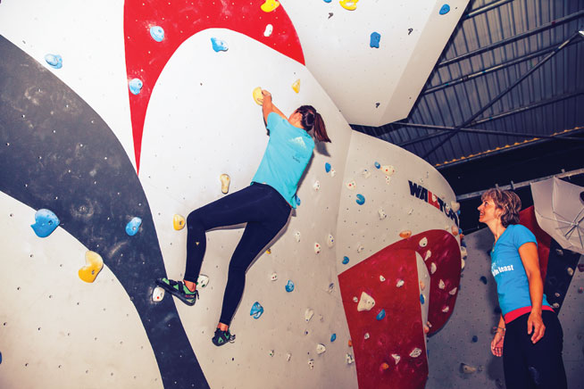 Rock climbing in Dubai - Rock Republic