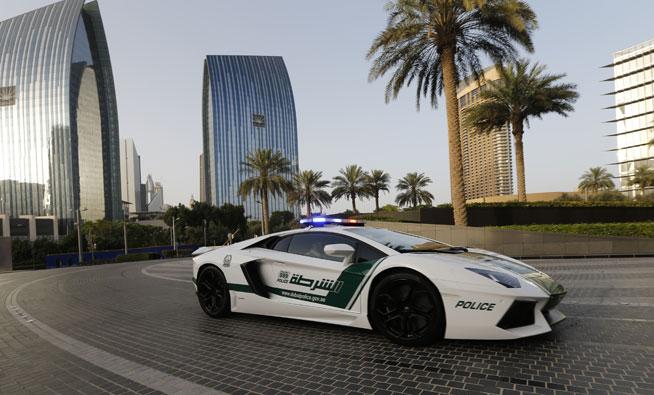Dubai Police cars - viral video