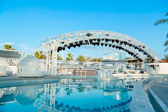 Eden Beach Club in Dubai