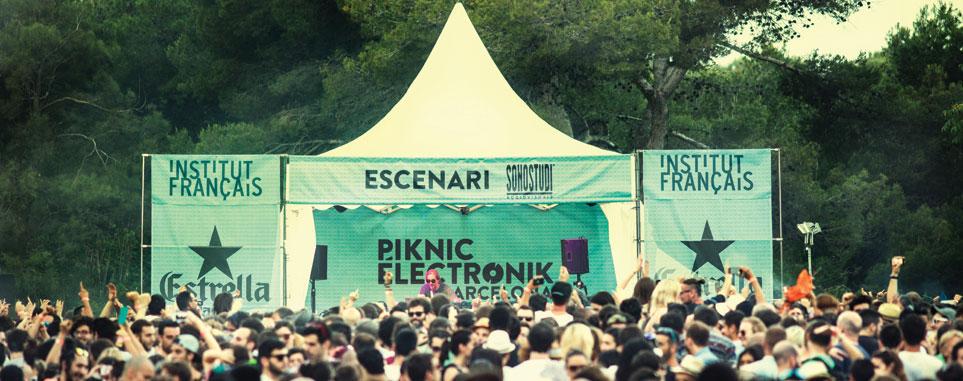 Piknic Electronik music festival in Dubai
