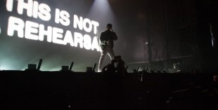 Pictures of Drake live in Dubai (by Kristina Nabieva for What's On)