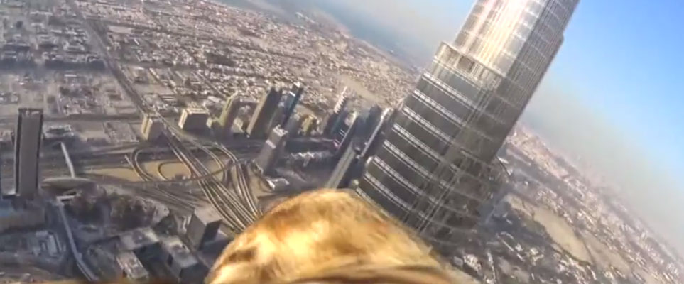 Burj Khalifa bird's eye view - Dubai world record eagle flight