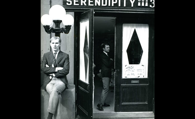 Andy-Warhol-at-Serendipity-3