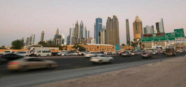 traffic driving dubai