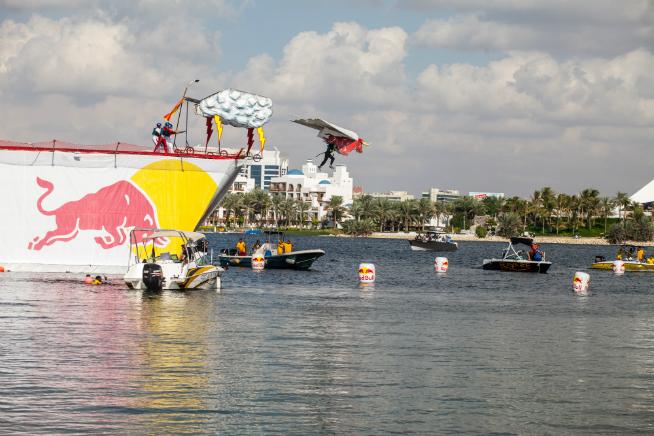 Flugtag Dubai 2015 red bull