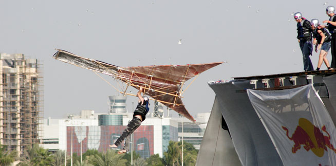 Flugtag_Dubai_UAE_25-Nov-05_Adam_Cukrowski_IMG_1505