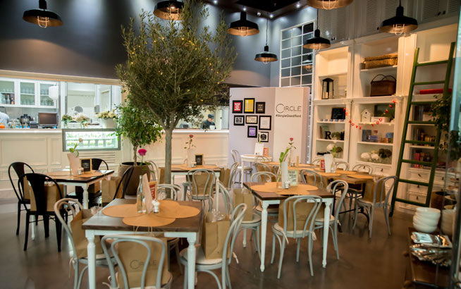 circle cafe dubai mall