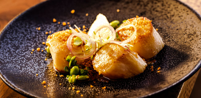 Finz---Pan-seared-scallops