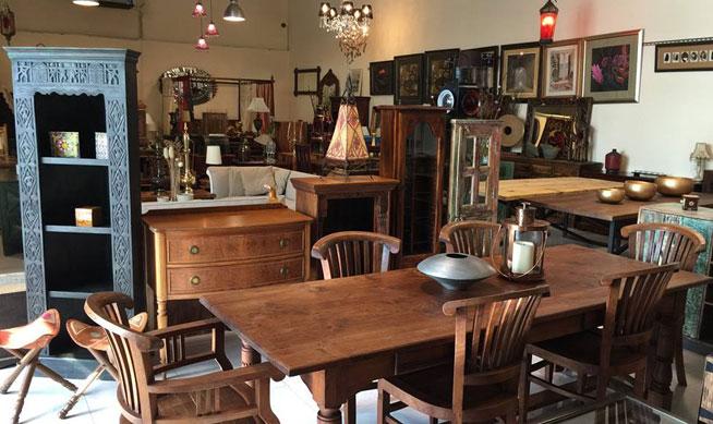 dubai furniture stores