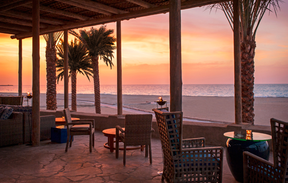 TurquoiZ -Restaurant---Terrace-at-sunset