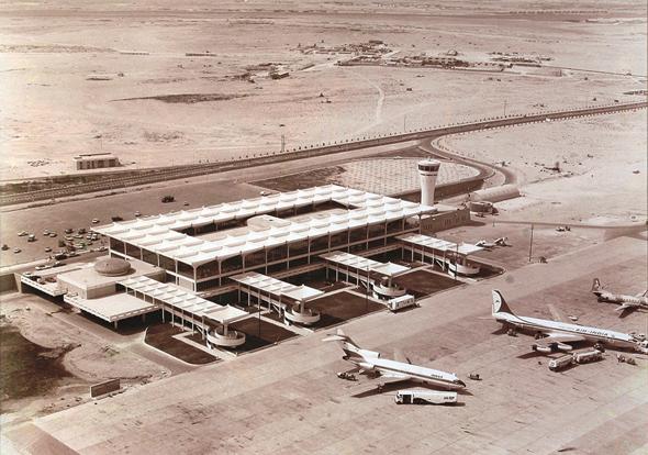 dubai-airport-1971