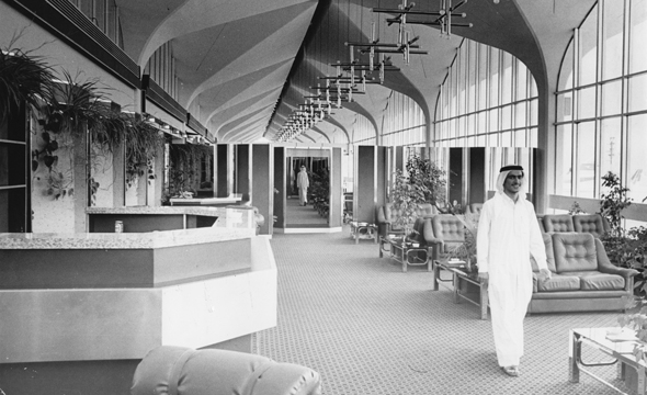 dubai-lounge-1970s