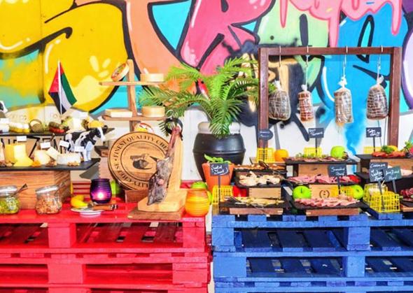 oberoi-street-art-brunch