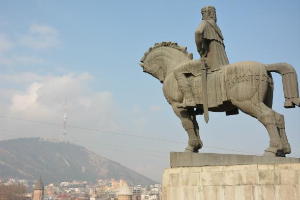 Metekhi King statue