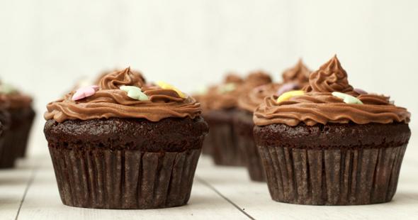 Gluten-Free-Chocolate-Cupcakes-9