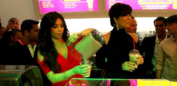 kim-kardashian-millions-of-mlikshakes