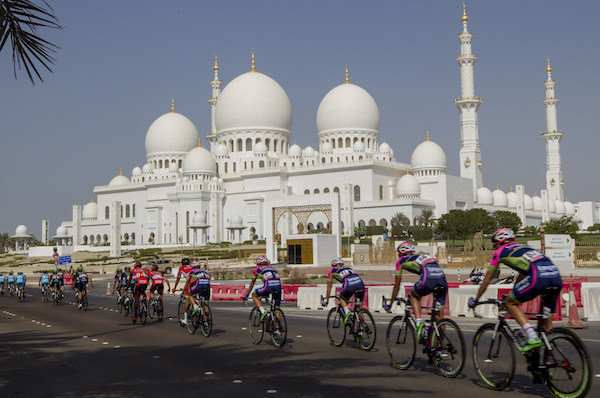 "The pack is on the way during ""the Capital Stage"", the second stage of Abu Dhabi tour cycling race, over 129 km from Yas Marina Circuit to Yas Mall. Abu Dhabi, UAE, 9 October 2015. ANSA/CLAUDIO PERI"